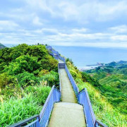 新北瑞芳三大美拍景點|報時山步道|黃金瀑布|勸濟堂景觀台|只要166公尺即可欣賞絕美山海步道|適合全家一起健行步道