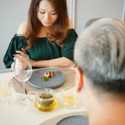 台中法式料理推薦~二訪 Revivre法式餐廳 不一樣的母親節套餐 4/26 (五) ~5/12 (日)天天開放為親子日  趕快帶心愛的媽媽一起共享盛宴
