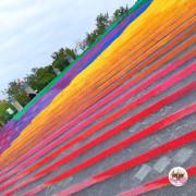 【台中】九二一震災紀念公園,樓梯畫上美麗的彩虹,每走一步都讓人好心情。