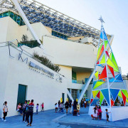 【台南打卡景點】臺南美術館二館 12米高耶誕雲中樹 網美拍照最愛新據點