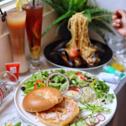 【台中x食記】沐 Muweichai。隱身一中街商圈。料好實在。平價美味義麵/有機生菜。餐酒館。