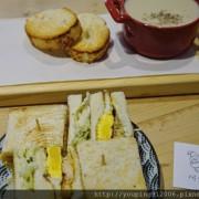 台北內湖區 阿福號 三明治專賣店,無負擔的天然食材做出溫暖的早餐,店狗活潑又好動(附菜單)!