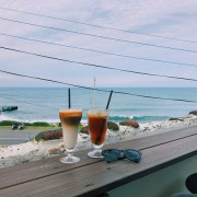 │食記│金山/金山跳石沒有名字的咖啡店🌊眺望海!發呆喝咖啡