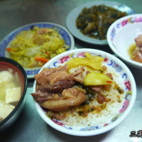 彰化縣美食 餐廳 中式料理 小吃 老朱爌肉飯 照片