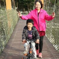 貪吃媽媽Liz帶著勛勛玩世界在葫蘆埤自然公園 pic_id=6073001