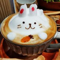 快樂雲在理性&感性咖啡館 pic_id=6395564