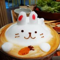 快樂雲在理性&感性咖啡館 pic_id=6395552
