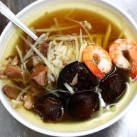 台南市美食 餐廳 中式料理 小吃 石精臼蚵仔煎 照片