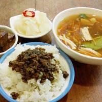 台北市美食 攤販 台式小吃 呷臭彈蒸臭豆腐 照片