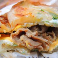 台北市美食 攤販 台式小吃 非常好吃蔥抓餅 照片