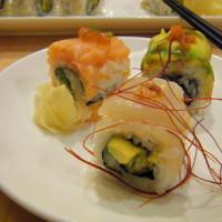 台北市美食 餐廳 異國料理 日式料理 rainbow roll sushi 紅彩壽司 (SOGO天母店) 照片