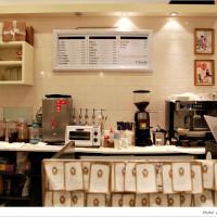 規小孫在克勞蒂杯子蛋糕CLOUDY CUPCAKE(台中大遠百) pic_id=654560
