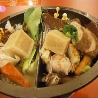 新北市美食 餐廳 火鍋 麻辣鍋 老先覺麻辣窯燒鍋(新莊龍安店) 照片