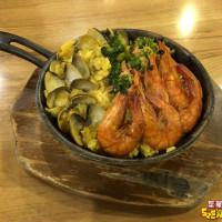台中市美食 餐廳 速食 漢堡、炸雞速食店 艾可先生漢堡餐廳 (一中店) 照片