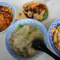新竹市美食 攤販 台式小吃 大樹下黃媽媽麵店 照片