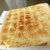 台南市美食 餐廳 速食 早餐速食店 武廟阿嬤手工碳烤三明治 照片