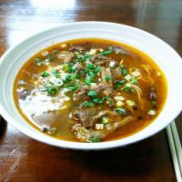 台北市美食 餐廳 中式料理 小吃 宜賓燃麵 照片