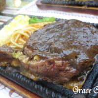 台北市美食 攤販 牛排 艋舺牛排館 照片