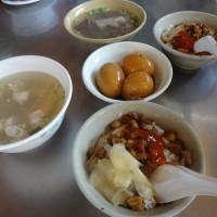 台中市美食 攤販 台式小吃 國校巷無名麵攤 照片