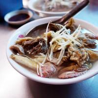 嘉義市美食 攤販 台式小吃 王家祖傳本產牛雜湯 照片