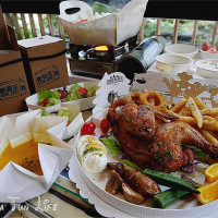 台中市美食 餐廳 異國料理 義式料理 紙箱王主題餐廳 照片