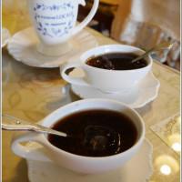 Shirley Huang在幸福王國庭園餐廳 pic_id=4762573