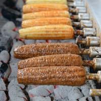 台中市美食 攤販 攤販燒烤 大甲黑石頭玉米 照片