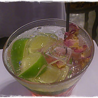台北市美食 餐廳 異國料理 多國料理 Deja Vu 音樂魔幻餐廳 照片