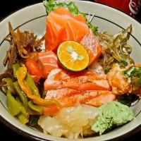 台北市美食 餐廳 異國料理 日式料理 東嘉祥 丼飯 壽司 刺身 照片