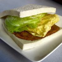 高雄市美食 餐廳 異國料理 義式料理 燒肉咬蛋--辛亥店 照片