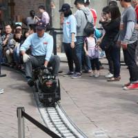 高雄市休閒旅遊 購物娛樂 購物娛樂其他 哈瑪星駁二線火車之旅 照片