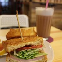 台南市美食 餐廳 速食 早餐速食店 倉庫早頓 照片