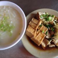 台北市美食 攤販 台式小吃 巷仔口米粉湯 照片