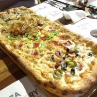 高雄市美食 餐廳 異國料理 義式料理 高雄左營Pizza Factory 披薩工廠 照片
