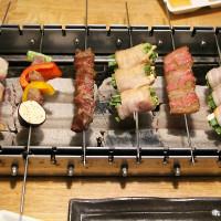 台中市美食 餐廳 餐廳燒烤 串燒 爵 旋轉串燒炭烤英式工業風 照片