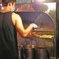 新北市美食 攤販 攤販燒烤 廣福路廟口烤肉攤 照片