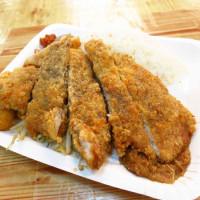 新北市美食 攤販 台式小吃 香噴噴炸雞 照片