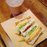 台北市美食 餐廳 中式料理 中式早餐、宵夜 高三孝碳烤吐司松菸店 照片