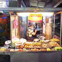 新北市美食 攤販 台式小吃 五華街鹹酥雞 照片