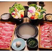 新北市美食 餐廳 火鍋 沙茶、石頭火鍋 京澤日式石頭鍋物 照片