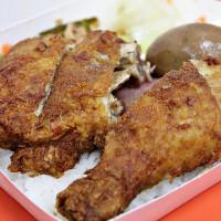 桃園市美食 餐廳 中式料理 小吃 總裁排骨飯 照片