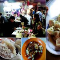 台北市美食 攤販 台式小吃 社子 社中路菜市場  無名 水餃 酸辣湯 照片