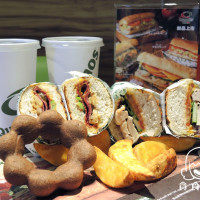 台北市美食 餐廳 速食 速食其他 Quiznos熱烤潛艇堡市府店 照片