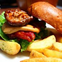台中市美食 餐廳 咖啡、茶 咖啡、茶其他 for Farm Burger 田樂 (公正小巷店) 照片