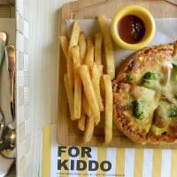 台中市美食 餐廳 飲料、甜品 K.K.Banana 香蕉船輕食餐廳 照片