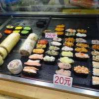 高雄市美食 攤販 異國小吃 山越久壽司 照片