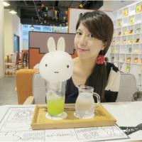 桃園市美食 餐廳 咖啡、茶 Miffy x 2% cafe 米飛兔主題咖啡 (A8環球林口店) 照片