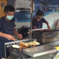 屏東縣美食 攤販 台式小吃 水煮玉米&碳烤玉米 照片
