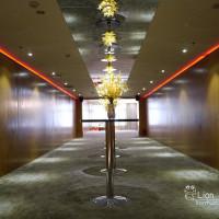 ☞【高雄 新興】高雄福華大飯店~有適合少人的喜宴廳,餐點口味養生健康,不加收服務費!!西式證婚、室內開趴宴會廳~