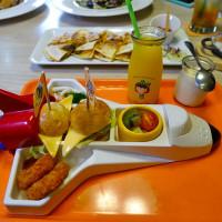 新北市美食 餐廳 異國料理 多國料理 小星球家庭餐廳 照片
